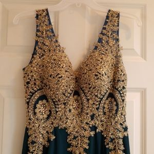 Long V-Neck Prom Dress with Beaded Lace Teal color